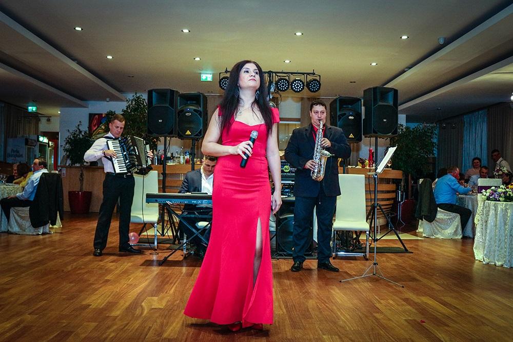 Formatia Irina Conti & Orchestra