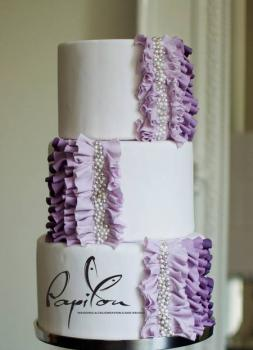 Torturi de nunta Papillon Wedding & Celebration Cake Studio